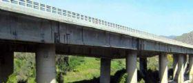 Palermo-Catania, Autostrada chiusa : Il pilone cede a causa di una frana
