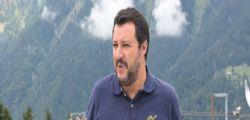 Matteo Salvini : Presidente Macron taccia e apra confini