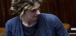Biella : Mamma allontanata da ufficio postale perché allattava