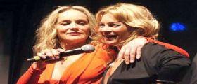 Il bacio di Sharon Stone e Kate Moss vale 45mila dollari