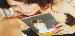 Buonanotte! Elisa Isoardi in lingerie fa impazzire i fan