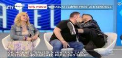 Dov'è il problema? Franco Terlizzi bacia Cristian Imparato