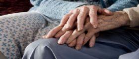 Ravenna, scattano due arresti in una casa-famiglia: Anziani legati e maltrattati