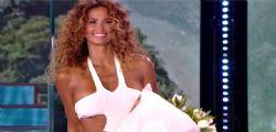 Samantha de Grenet Isola dei Famosi : Ecco con quale naufrago passerei la notte...