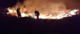 Incendio Formentera, razzo dallo yacht : Le proteste Anti-Italiani