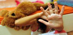 Violenta le nipoti minorenni per anni! Condannato nonno orco