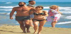 Alessandra Amoroso in bikini a Formentera fa impazzire i fan