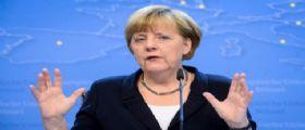 Il New York Times contro Angela Merkel : Deve andarsene, folle politica accoglienza