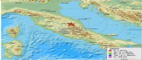 Terremoto Centro Italia : Forte scossa di magnitudo 3.9 in provincia di Macerata