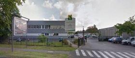 Francia : Baby killer 15enne spara e uccide il professore