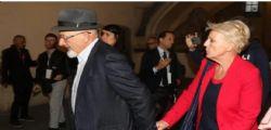 Bancarotta e fatture false : Chiuse indagini per i genitori di Matteo Renzi