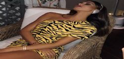Sembri Lamù! Il mini-dress tigrato Belen Rodriguez fa impazzire i fan