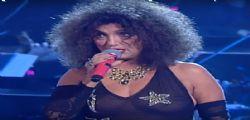Marcella Bella quasi in topless sulla rete RAI