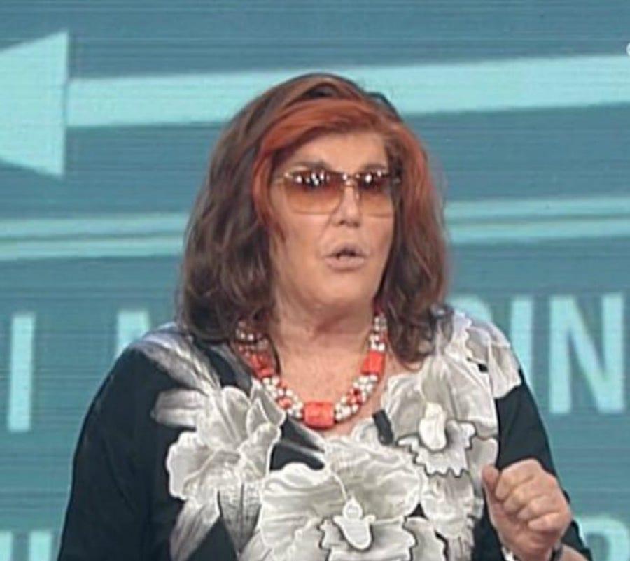 """""""Cosa?""""  Patrizia De Blanck lo scopre in diretta    ed è una furia  Barbara D'Urso scioccata"""
