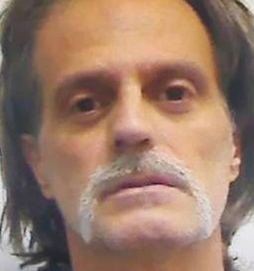 Mi sento protetto! Il killer del karaoke vuole restare in carcere a Sanremo