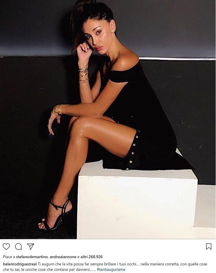 Belen Rodriguez scatenata al suo party di compleanno per i 3
