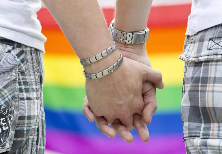 Siete una coppia gay? Per questo la proprietaria di casa gli nega l