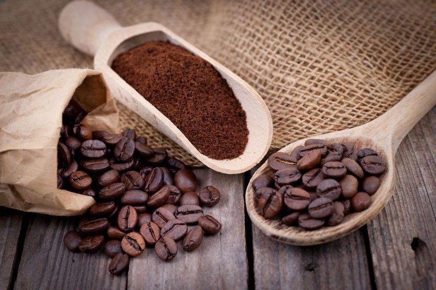 Come scegliere il caffè in grani: guida all