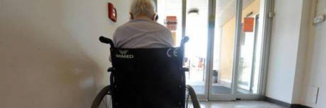 Ossessionato dalla gelosia |  uccide la moglie a 93 anni