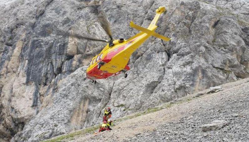 Escursionista di 33 anni muore precipitando per 300 metri in Trentino