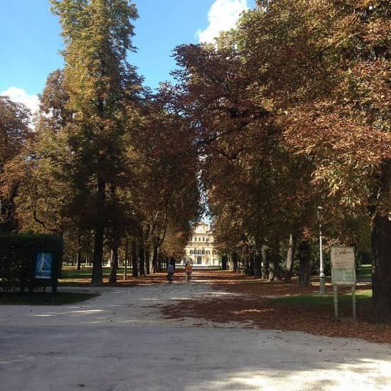 Parma, rapina con coltello per comprare droga: presi 17enni