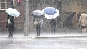 Prosegue il maltempo sulla penisola : a Roma preoccupa livello Tevere