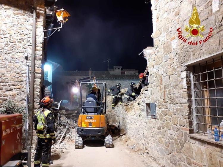 Esplosione Greve in Chianti, crolla una casa: 3 vittime