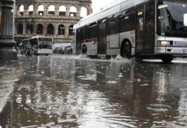 MALTEMPO ROMA : PREVEDIBILE ALLAGAMENTO CITTÀ