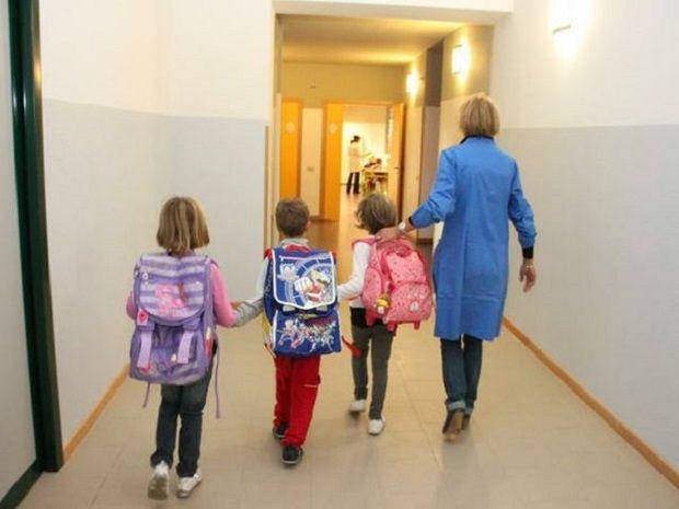 Impegno concreto per i contratti full time dei collaboratori scolastici Ata internalizzati