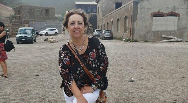 Dramma in Sardegna : Maria Paola Ghisu precipita e muore davanti alla figlia