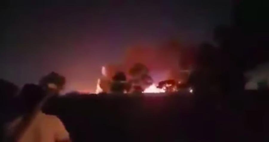 Tutti morti : Coronavirus, aereo con a bordo medici e un paziente prende fuoco
