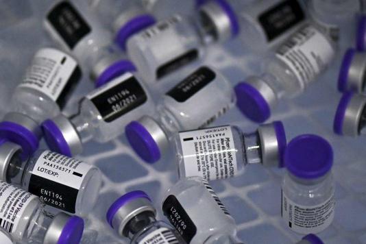 Contro il Covid Pentagono vuole rendere obbligatorio il vaccino Pfizer