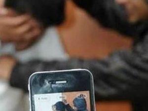Il video finisce su Facebook! Disabile deriso e filmato a scuola dai compagni
