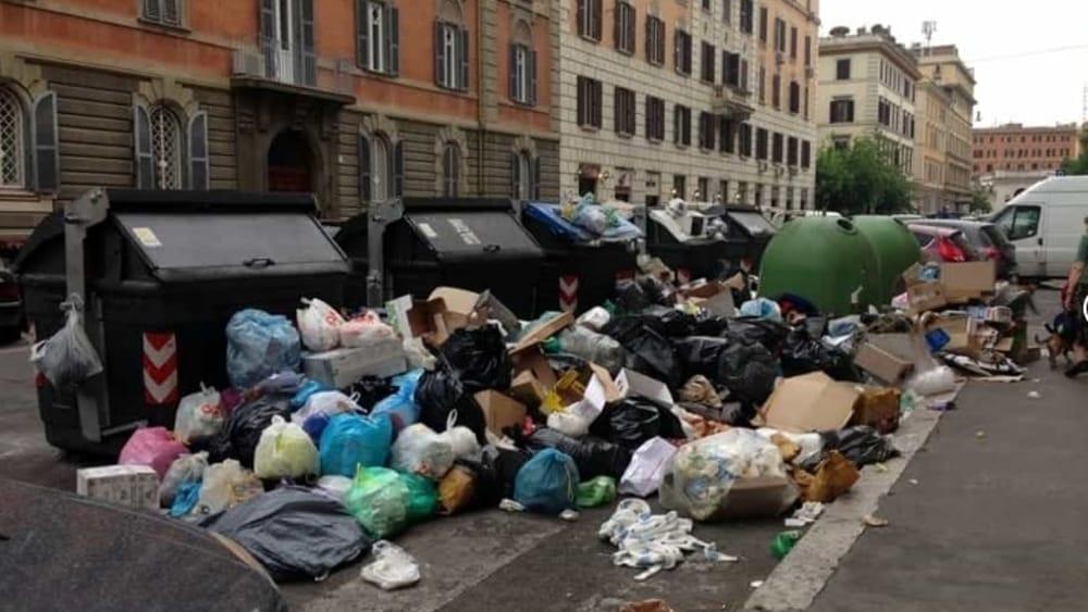 Roma  : Chi percepisce il reddito di cittadinanza lavorerà per pulire le strade