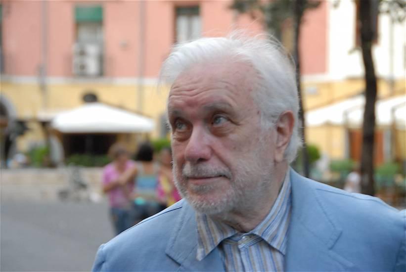 Addio a Luciano De Crescenzo