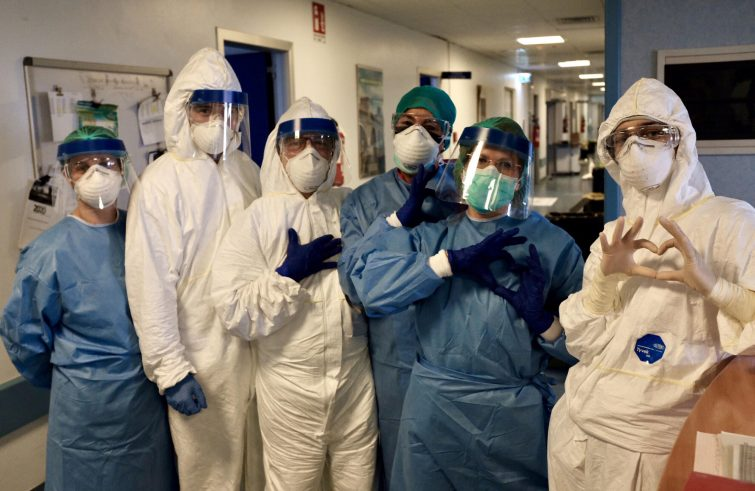 In Lombardia 12mila medici e infermieri infettati dal Coronavirus