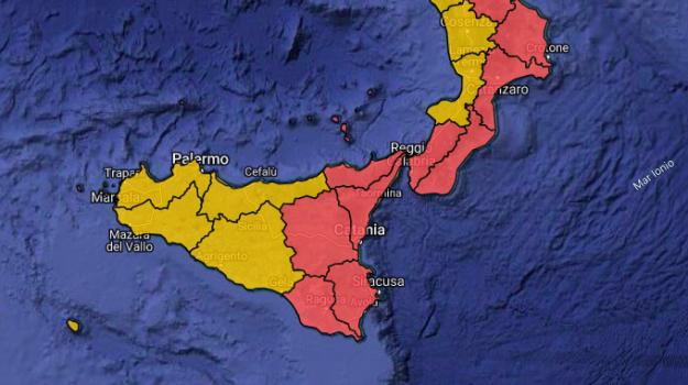 Allerta maltempo al Centro Sud, domani scuole chiuse in diverse città