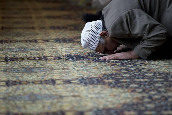 Frustate le donne, meno diritti: le teorie choc degli imam