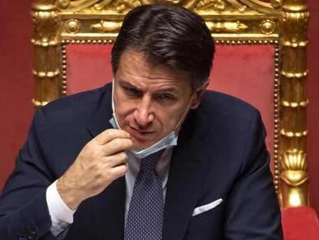 II Premier Conte, la situazione si sta rivelando molto critica : Diretta Camera dei deputati