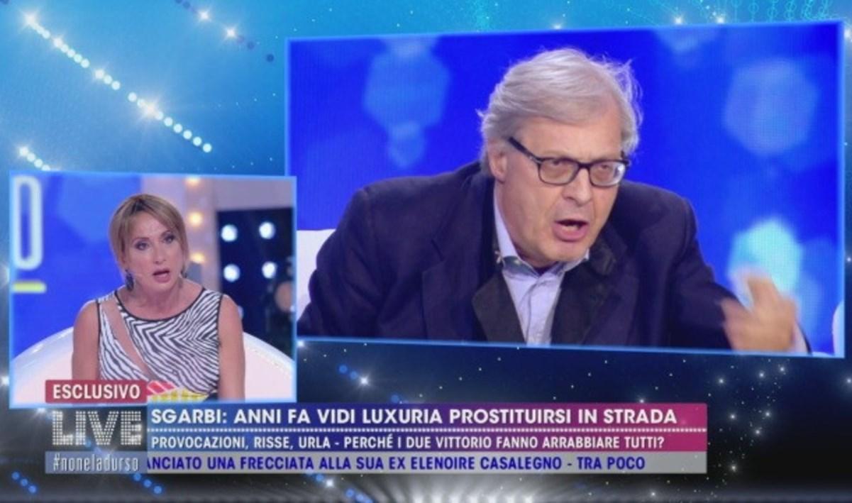 Vittorio Sgarbi, la lite a Live con Vladimir Luxuria degener