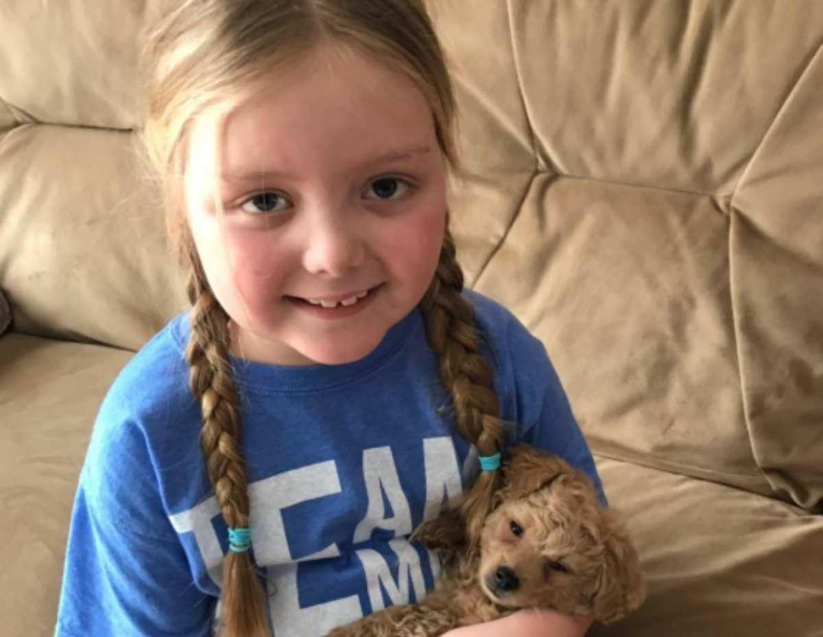 """""""Si è spenta tra le braccia della mamma"""": Emma, 8 anni, non"""
