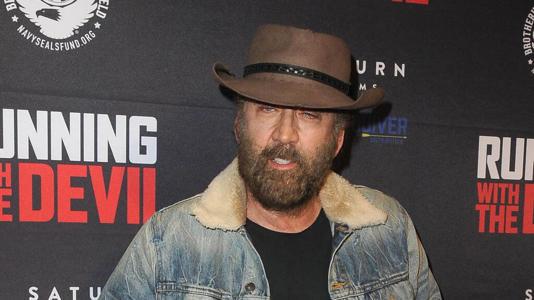 Troppo ubriaco : Nicolas Cage ubriaco cacciato da un bar di Las Vegas
