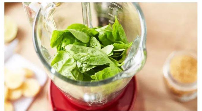 5 benefici per la salute del succo di spinaci