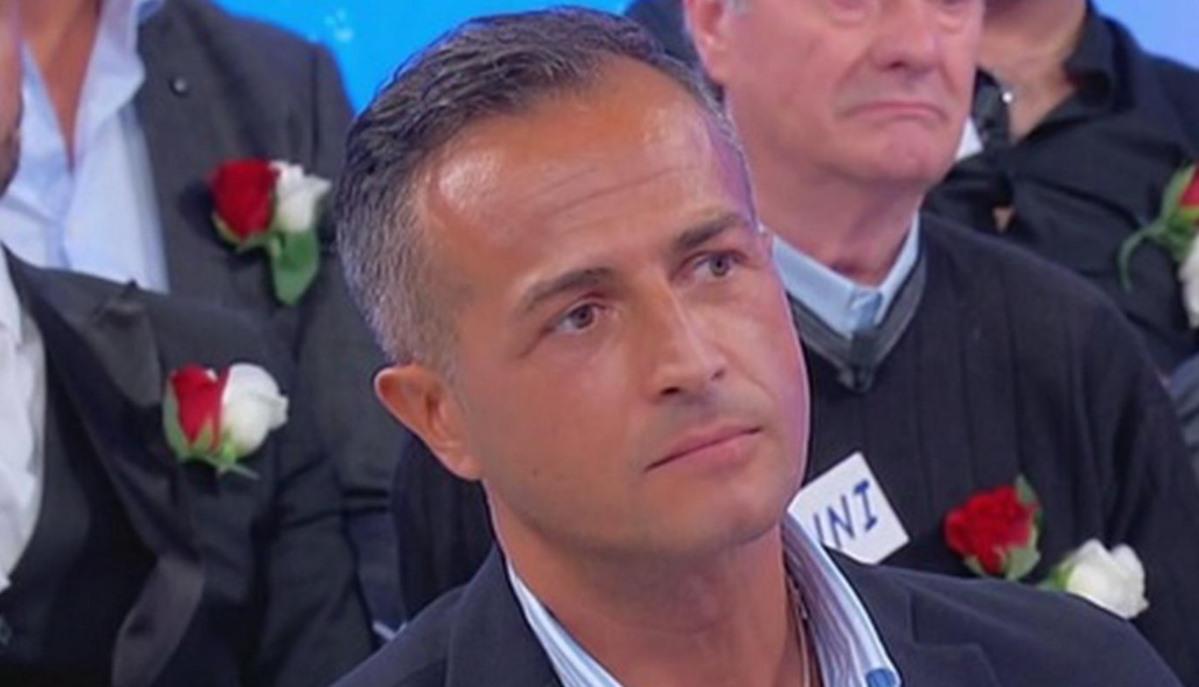 Uomini e Donne |  la decisione di Riccardo Guarnieri manda in tilt Ida Platano  E piange